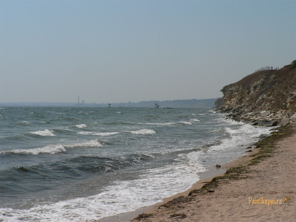 пляжи у крепости Керчь