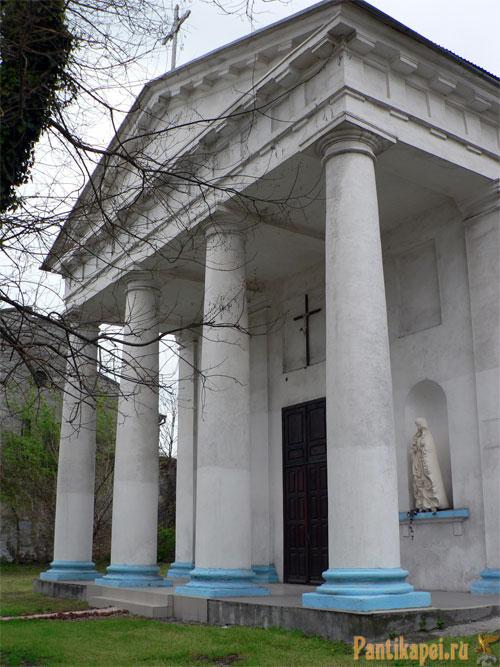 открыт в Керчи украинский храм в честь Св. Владимира и Ольги