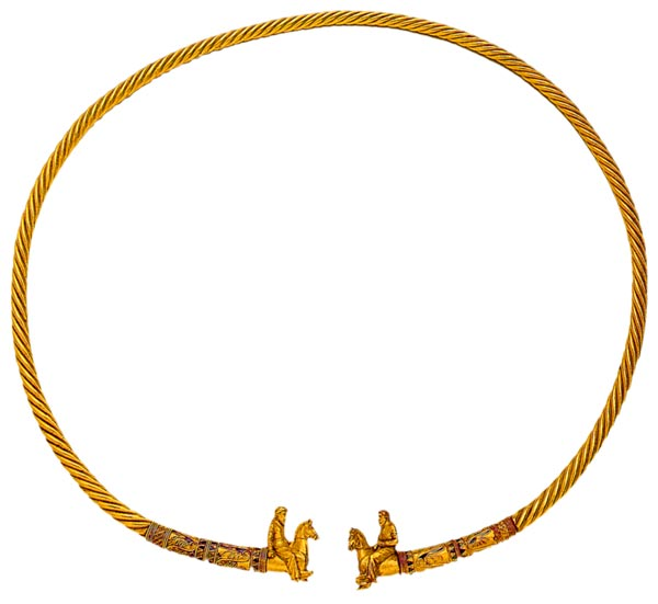 Гривна с окончаниями в виде скифских всадников. Куль-Оба. IV в. до н. э.