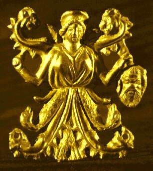 """Бляшка """"Богиня в калафе"""" из кургана Куль-Оба (IV в. до н.э.)"""
