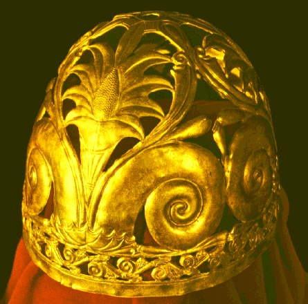 Шлем из кургана Ак-Бурун (IV в. до н.э.)