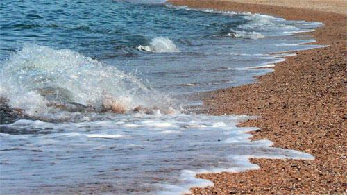 Песчаный пляж в пос. Курортное