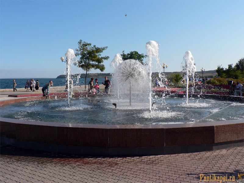 Фонтан на Керченской набережной
