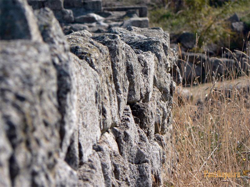 Пантикапей, фрагмент стены