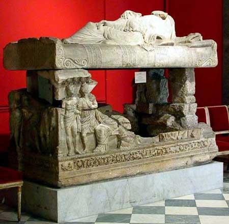 Саркофаг из Мирмекия, сейчас находится в Эрмитаже