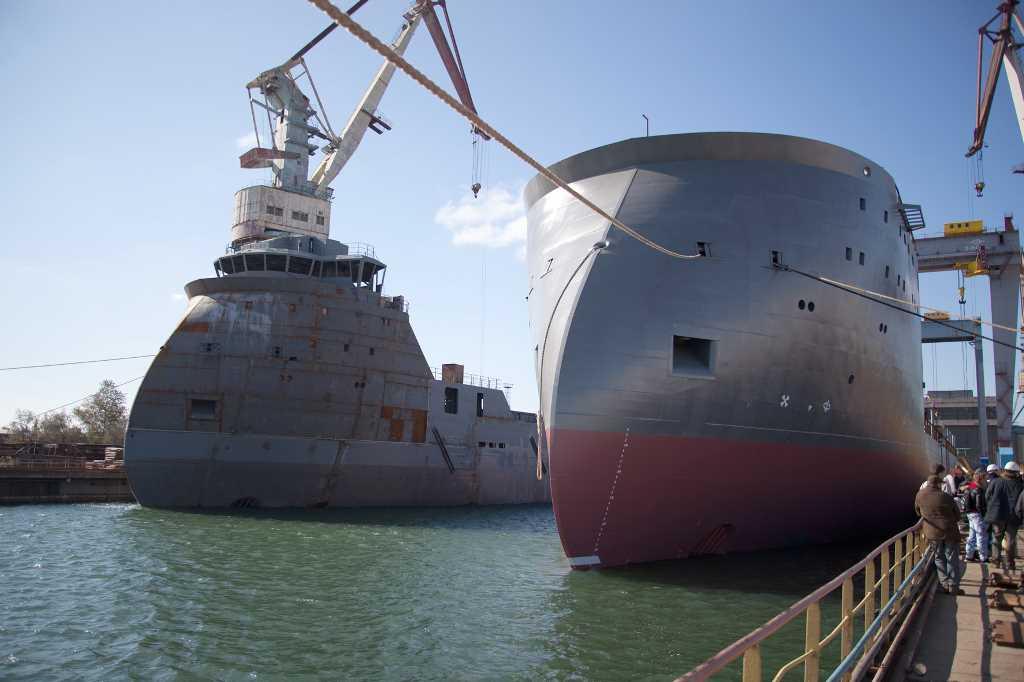 Судостроительный завод залив 500-е судно