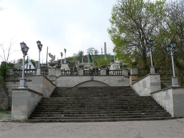 mitridat-stairs