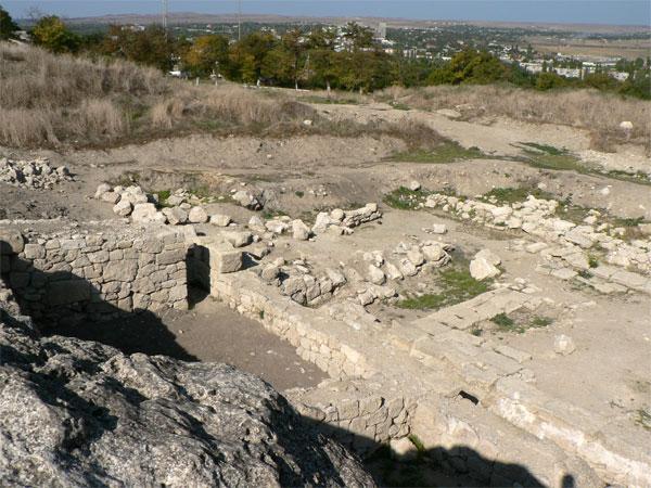 Остатки древнего Пантикапея