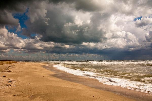 Пляж в Межводном