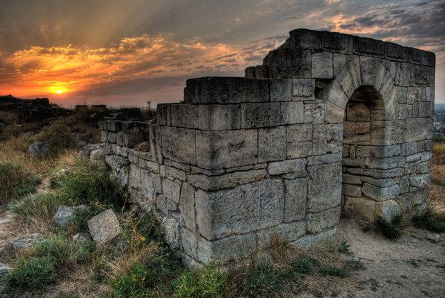 Пантикапей, арка