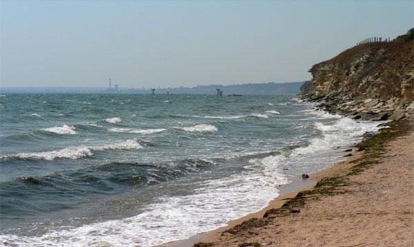 Пляж у крепости Керчь