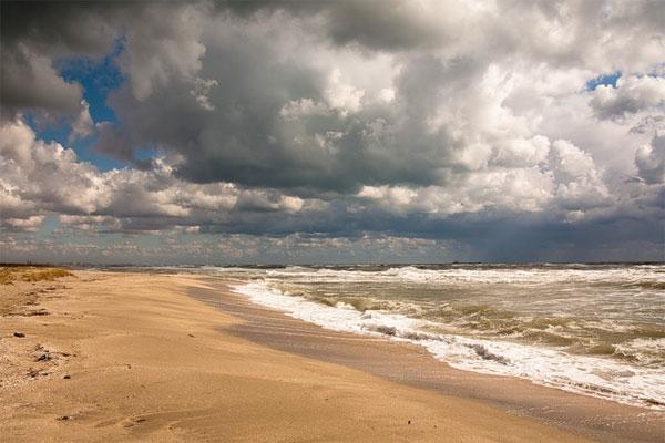 Пляжи в Межводном западный Крым