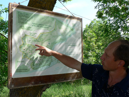 Юрий Леонидович Белик, экскурсии по крепости Керчь