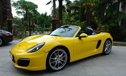 new-porshe-boxter-in-yalta-2012