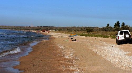 Пляжи у Новооторадного, Нижнезаморского
