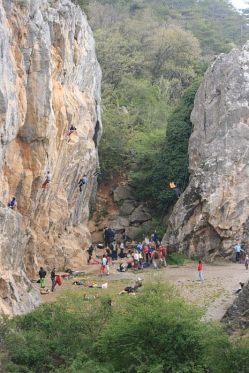 скалодром в Никитской расщелине