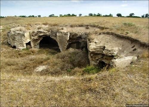 akmonay-kamenolomni