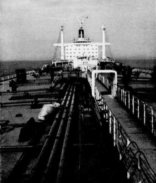 Танкер «Крым». Вид сверху