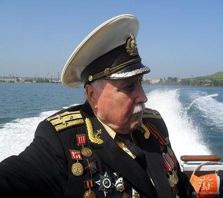 Капитан 1 ранга в отставке Морозов Ю.Б.